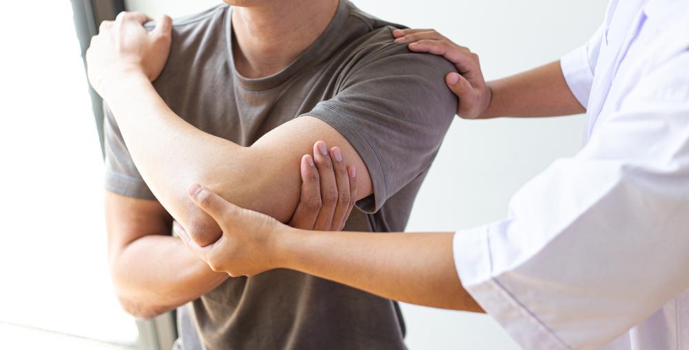 La kinésithérapie de demain, la kinésithérapie à deux mains